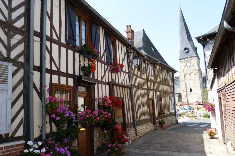 Vue du clocher de Moyaux :